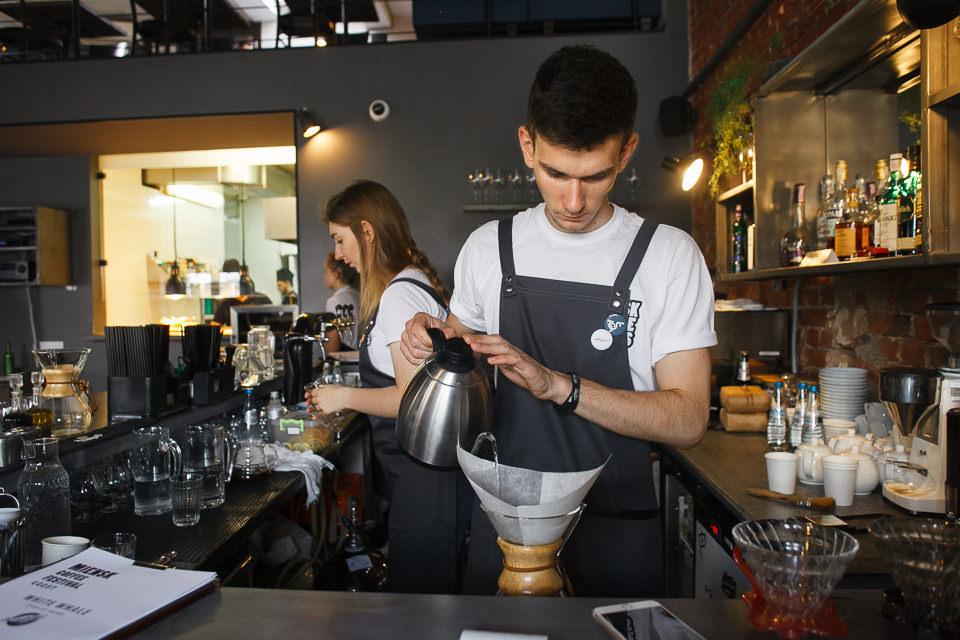 Бариста кофейни White Whale в Одессе