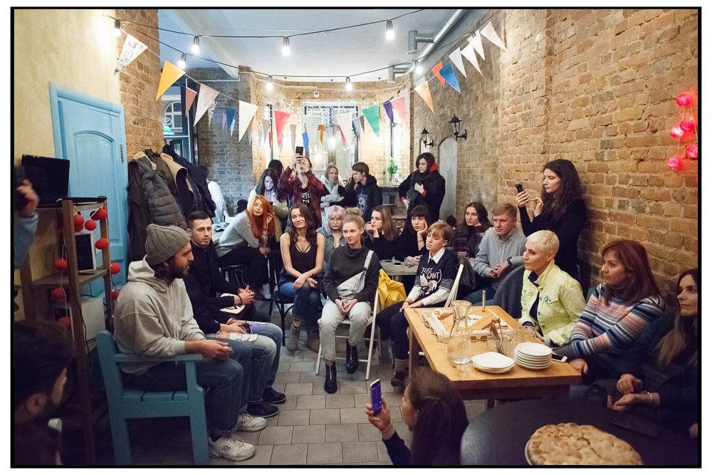 Встреча чемпионов в кофейне 26