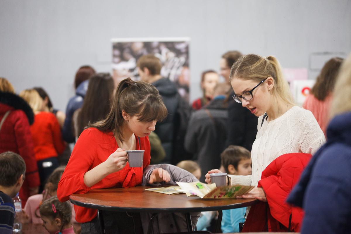 Пасетители фестиваля шоколада и кофе в Минске